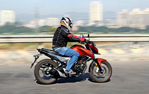 1458214843-1457449743-moto2