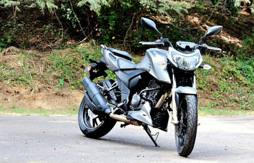 1458214843-1457449743-moto5