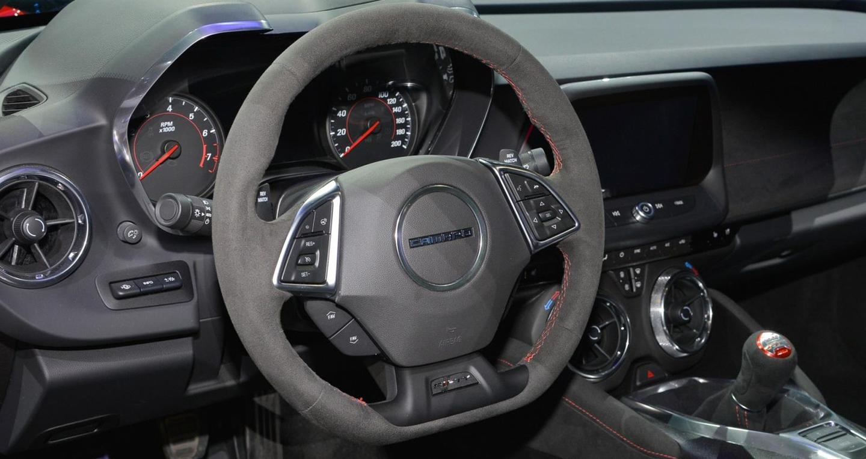 Camaro ZL1 (1)