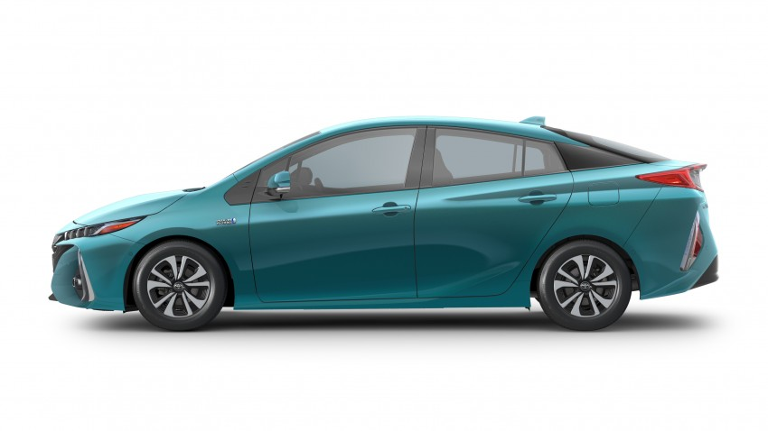 choang-voi-toyota-prius-prime-2017-an-xang-it-hon-ca-xe-may-so
