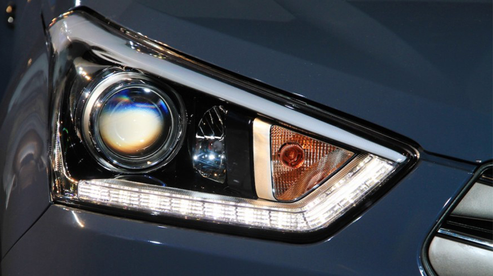 Hyundai-Creta-headlight-900x600-copy