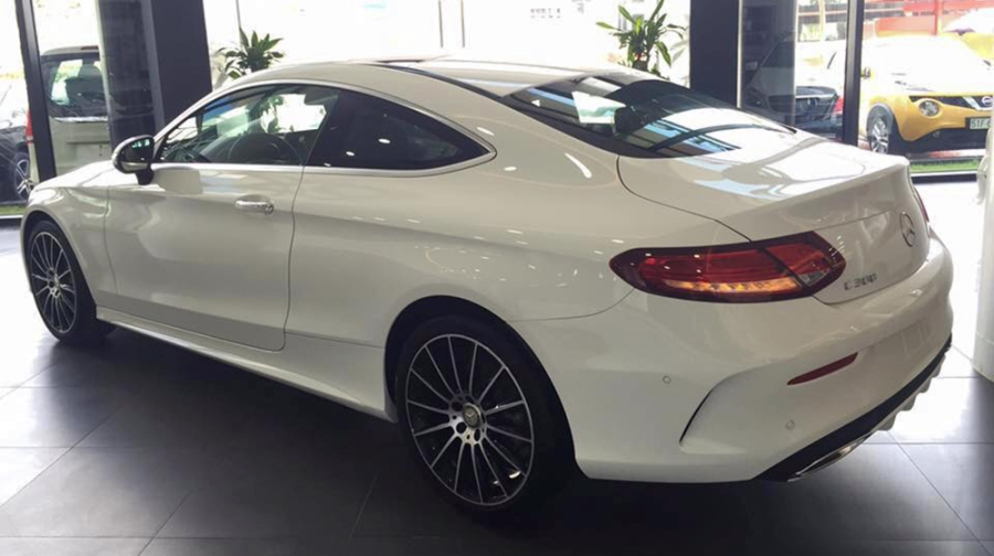 mercedes-benz-c300-coupe-ve-viet-nam-gia-27-ty-dong-59-142900