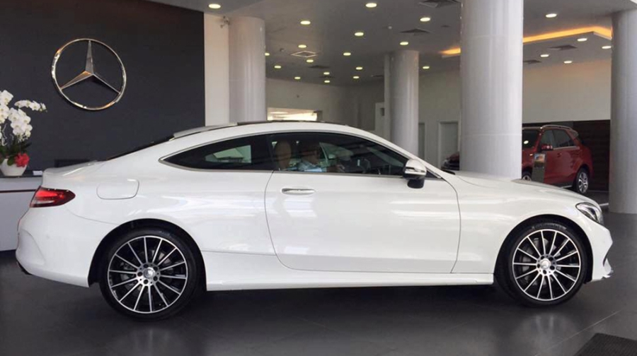 mercedes-benz-c300-coupe-ve-viet-nam-gia-27-ty-dong-59-142902
