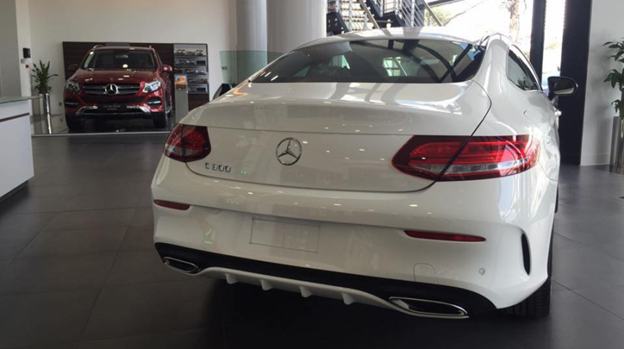 mercedes-benz-c300-coupe-ve-viet-nam-gia-27-ty-dong-59-142905