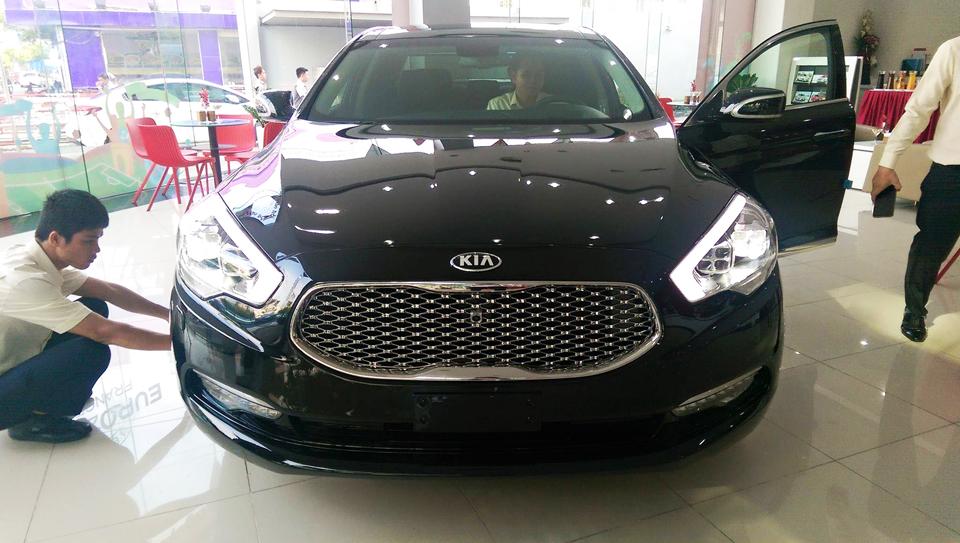 Kia-K9-2016-Kia-Quoris-3